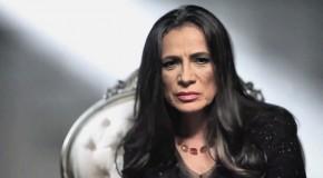 Patricia Reyes Spíndola z żywymi trupami