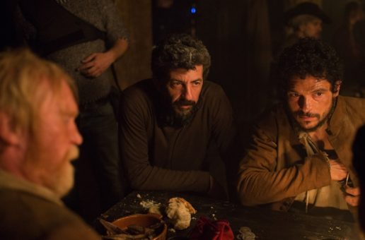 "Alberto Rodríguez kręci serial ""La peste"" z Paco Leonem"