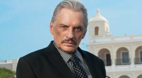 Manuel Ojeda jako Ernesto