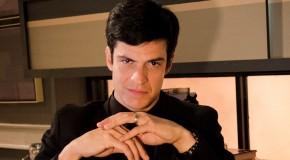 Mateus Solano jako Félix