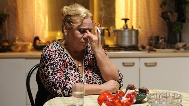 """Carmina rozpacza po niespodziewanej śmierci męża. Carmina i amen WFF: """"Carmina i amen"""", hiszpańska tragikomedia carminayamen carmina"""