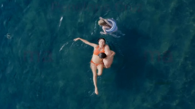 "Kadr z filmu ""Mama"" Penélope Cruz Penélope Cruz: ""«Mama» zaraża pozytywną energią"" penelopecruz mama entrevista fot2"