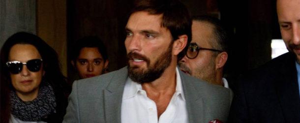 Julián Gil na przesłuchaniu