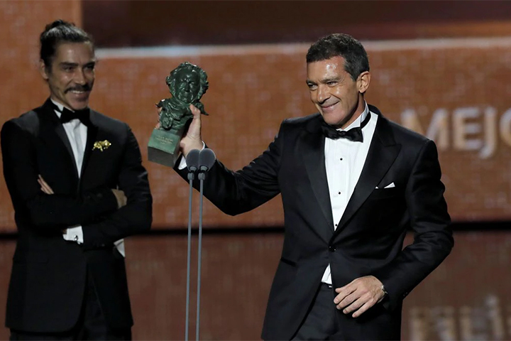 {focus_keyword} Nagrody Goya 2020: Wielki sukces Pedra Almodóvara goya2020 antoniobanderas